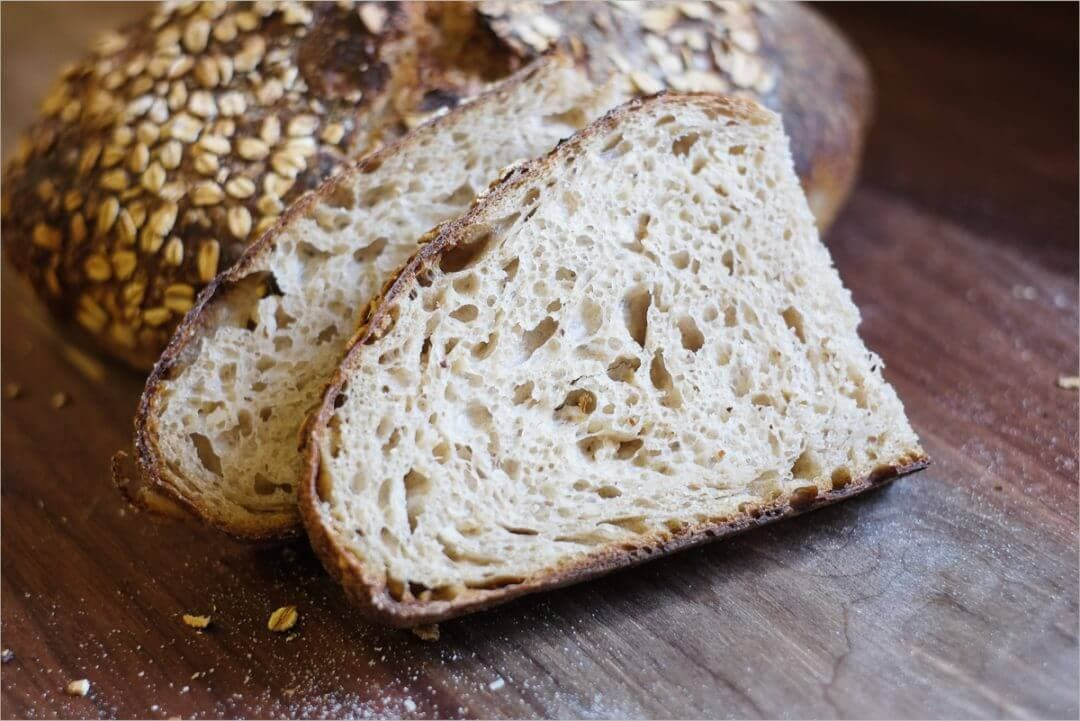 Oat porridge sourdough crumb and crust