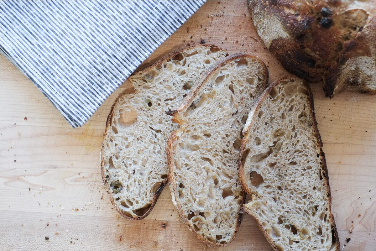 Golden raisin and fennel seed sourdough