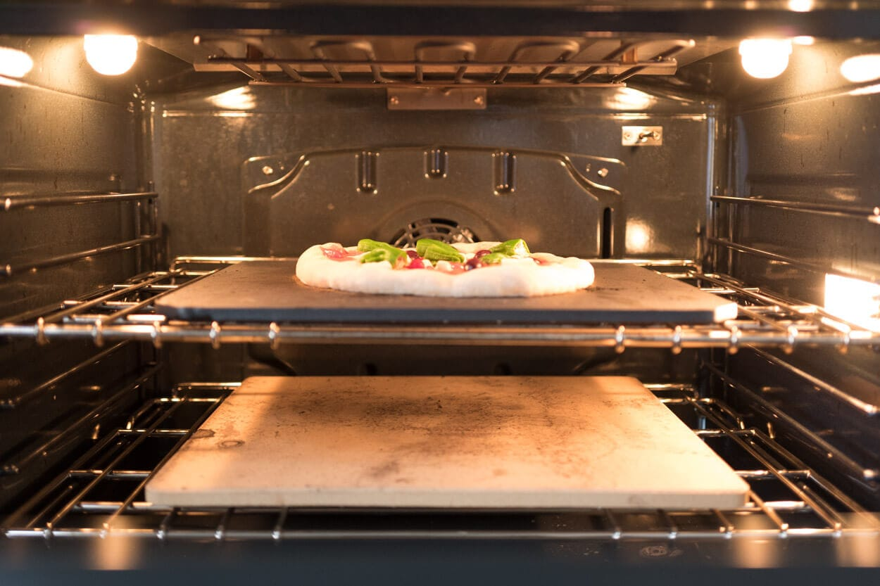 Home oven setup for pizza with Baking Steel