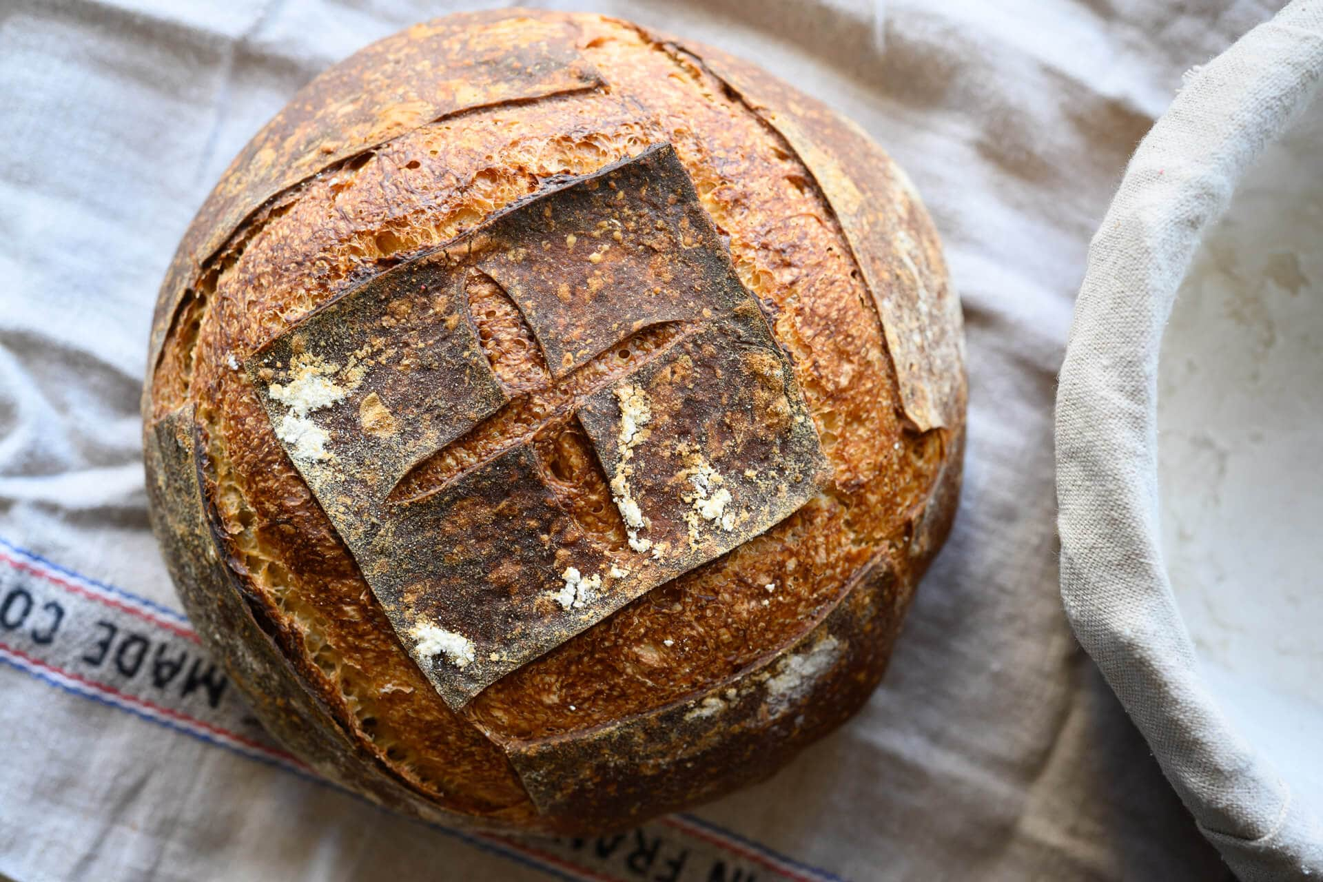 simple weekday sourdough bread with steps on how to autolyse for 20 minutes