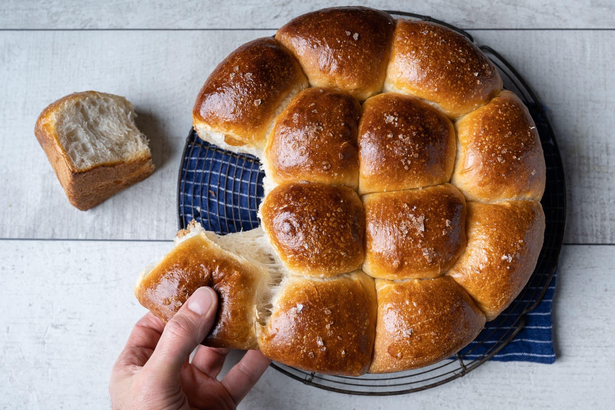 Super soft sourdough dinner rolls
