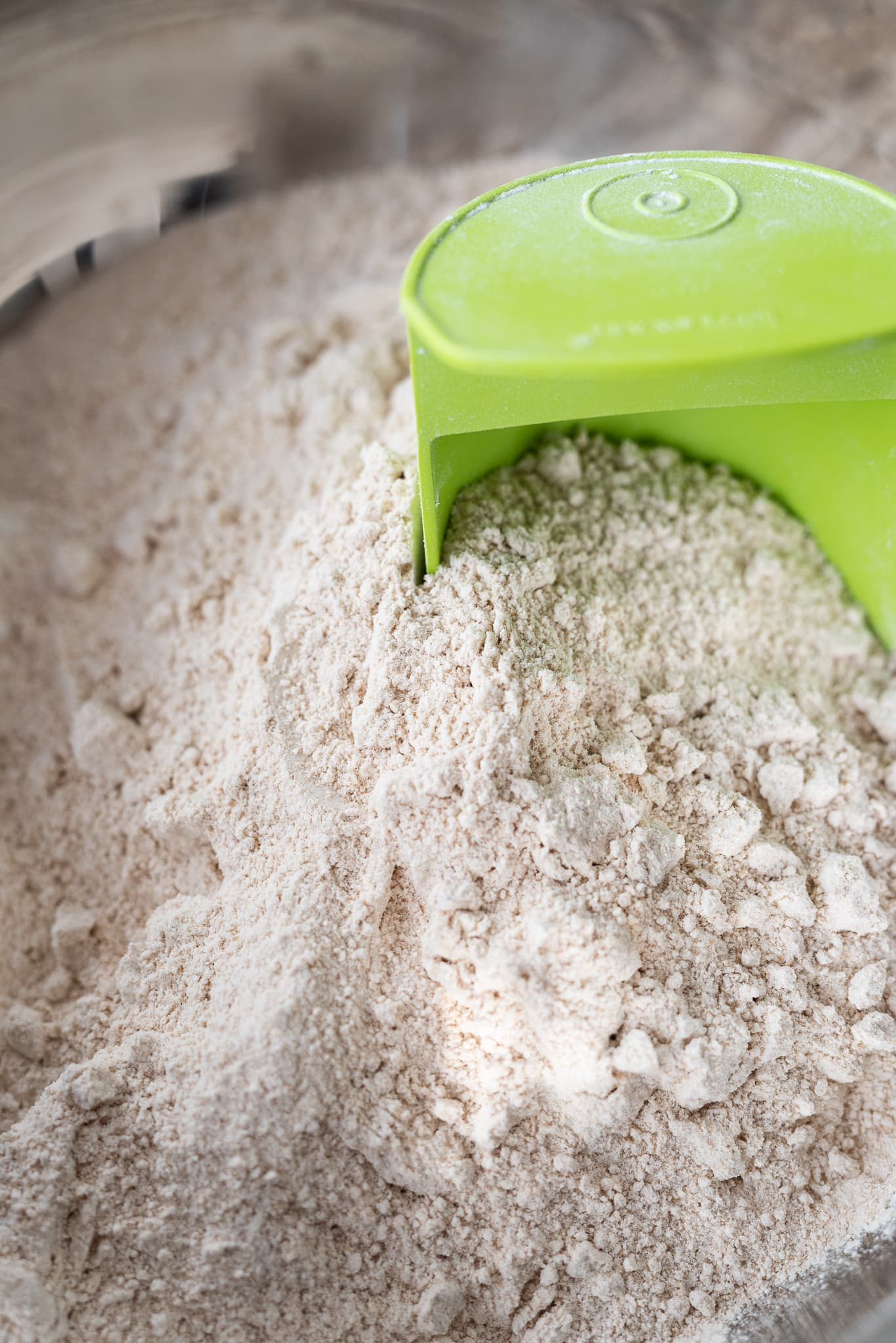 The best way to store flour